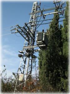 עמוד חשמל - סכנת קרינה